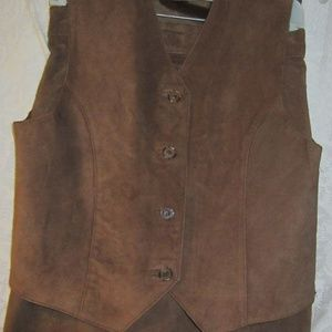 Suede skirt and matching vest size 10